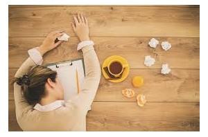 Come combattere la stanchezza: cause e rimedi