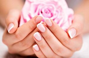 Consigli per rinforzare le unghie fragili