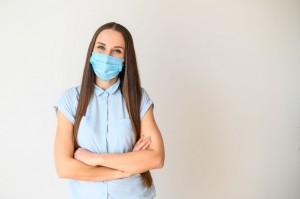 Mascherina: come trattare la pelle del viso